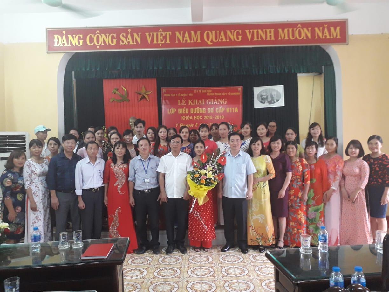 Lễ khai giảng lớp điều dưỡng sơ cấp K11A