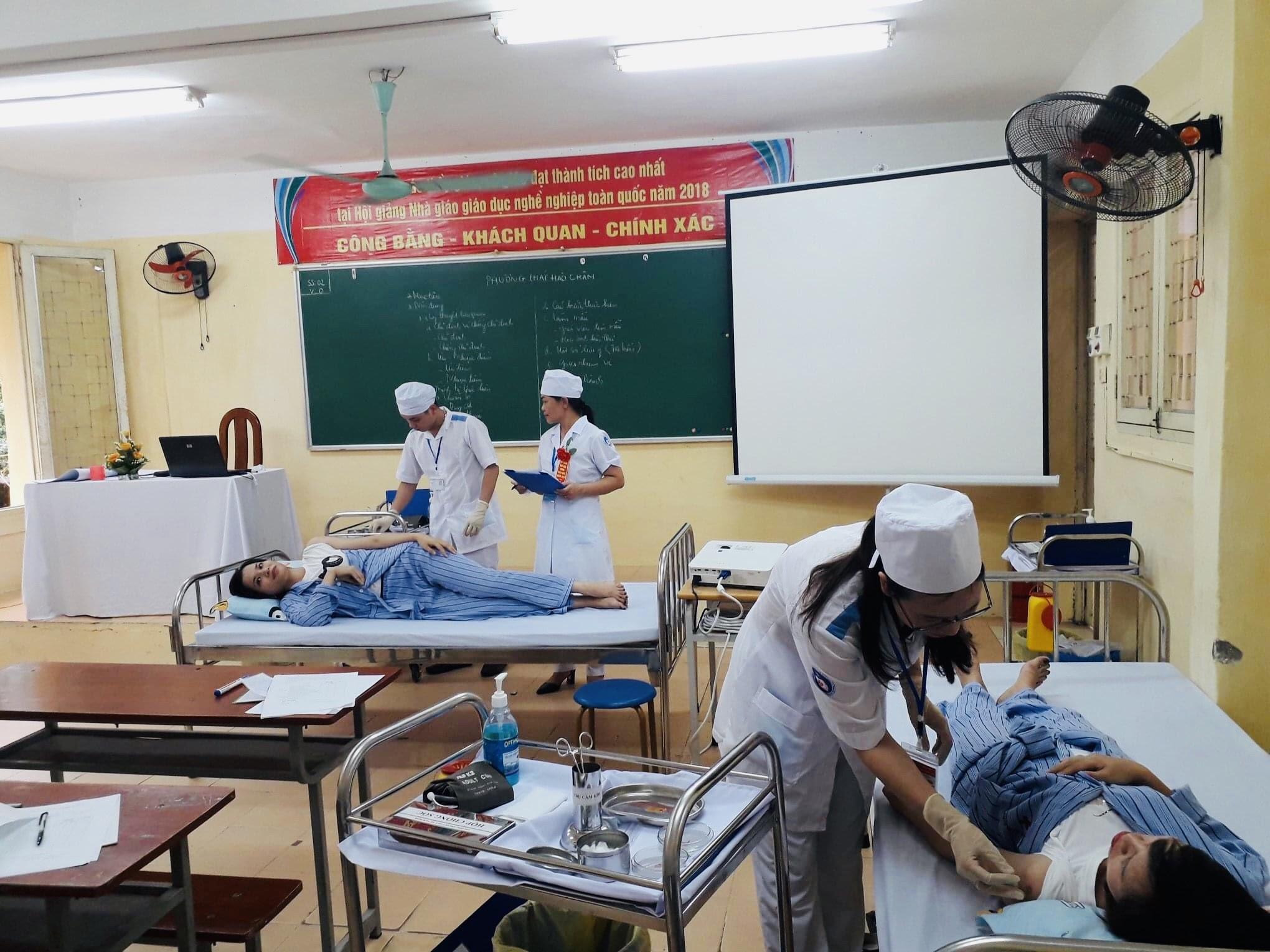 Tiết học thi Hội Giảng GVGD của cô Hà